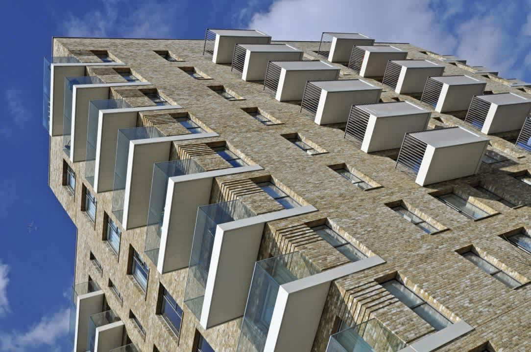 Sapphire sets the scene with innovative balconies for Greenwich Peninsula