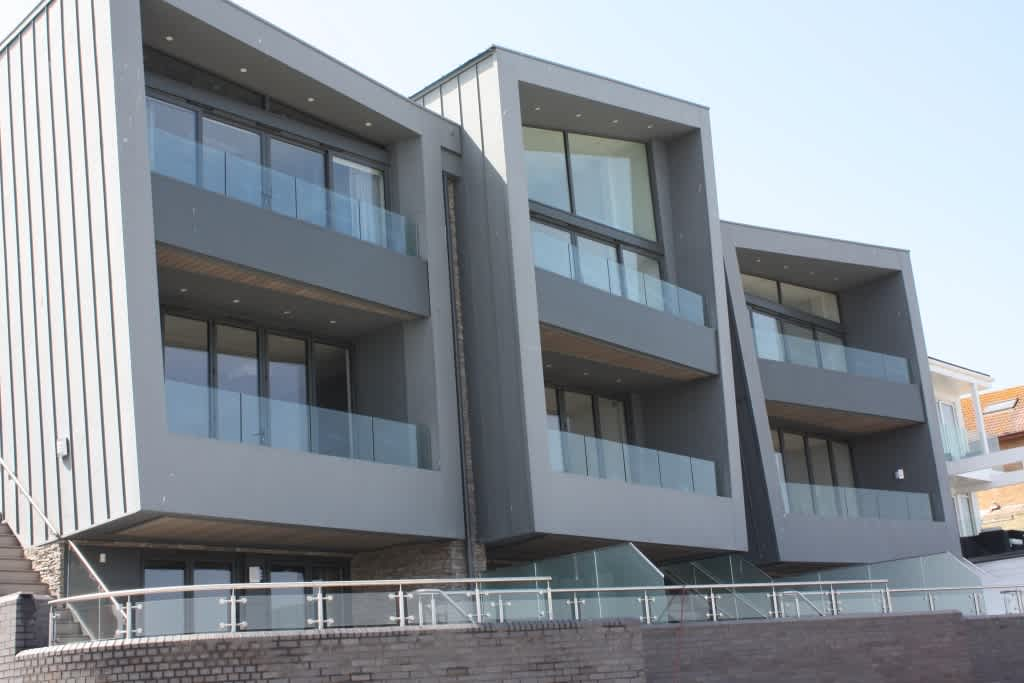 Sapphire Balustrades Brings 'Wow-Factor' Styling to Harbour-side Homes in Sandbanks