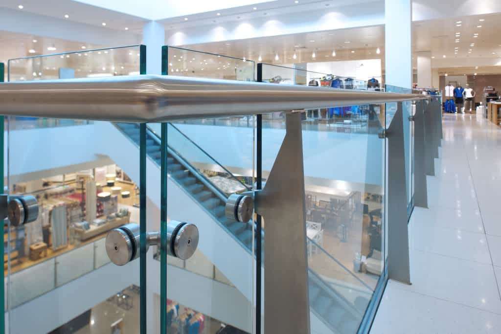 Balustrading for retail environments