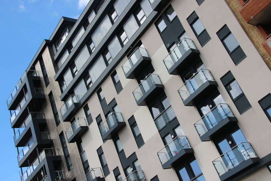 Kennet House Reading riverside apartments with Sapphire Balconies