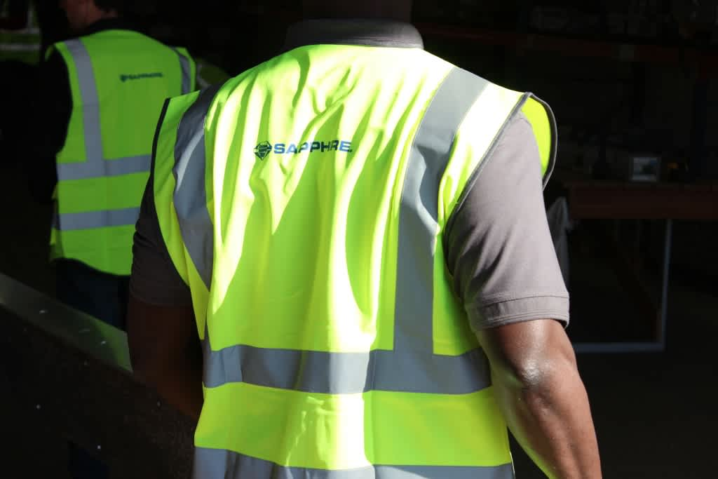 Yellow-High-vis-vest-PPE